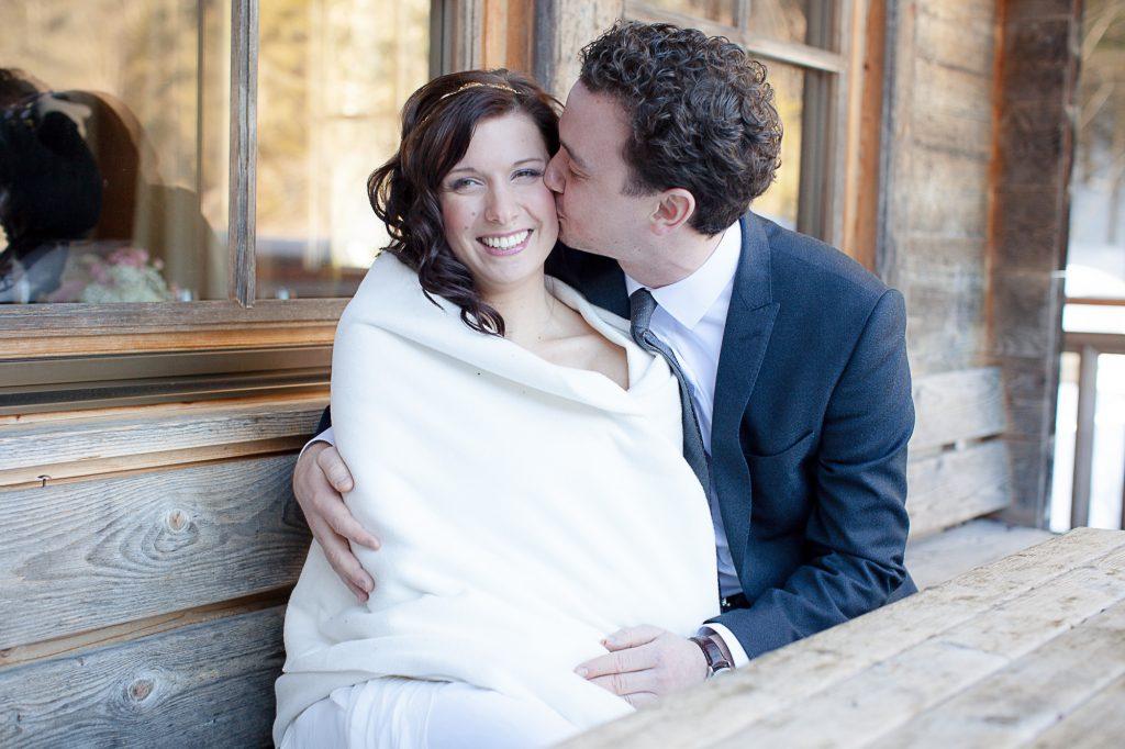 Brautpaar Winterhochzeit in Tirol