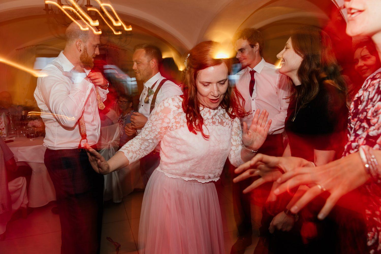 Hochzeitsreportage-Utzenaich-Partybilder
