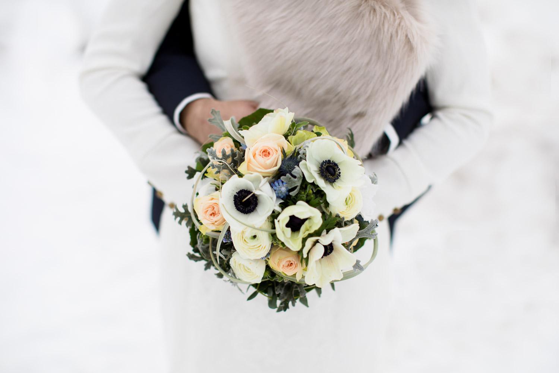 Winterhochzeit Brautstrauss