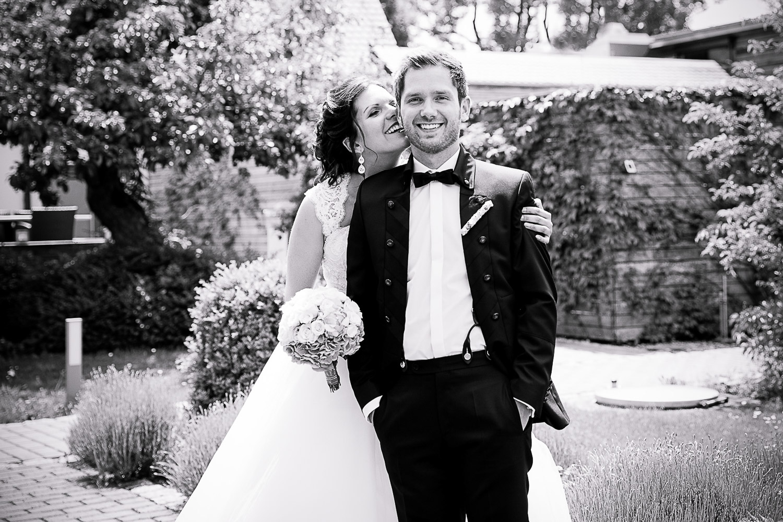 Brautpaar am Neuhof am See