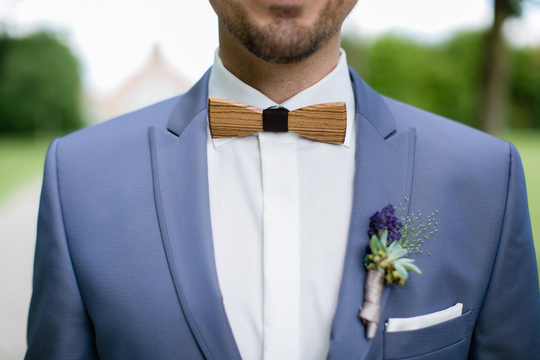 Holzfliege für die Hochzeit auf Gut Schwabhof