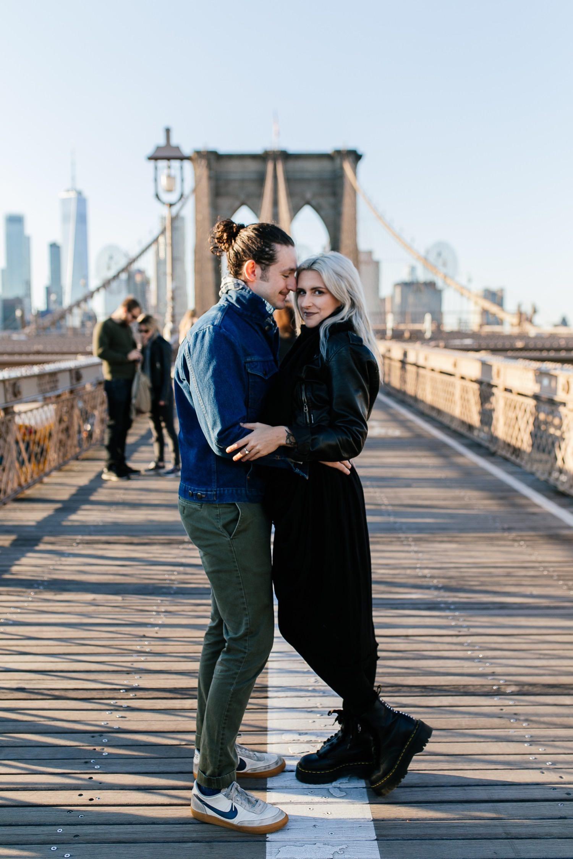 Brooklyn Bridge Couple Photosession