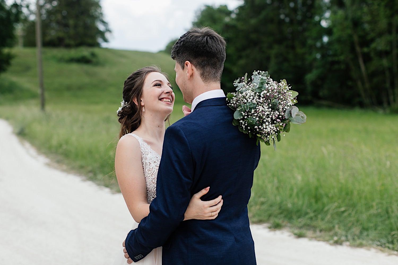Natürliche Hochzeitsfotos in Bayern