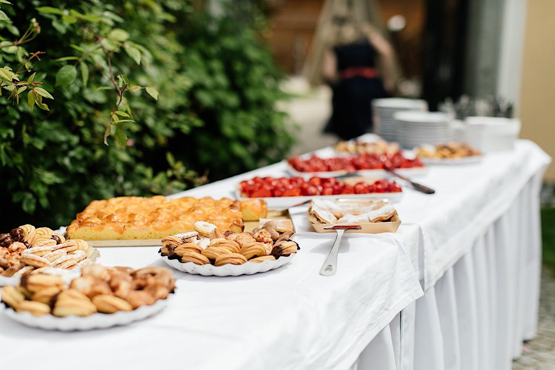 Kuchen buffet Hochzeit Stocketbauer Hof