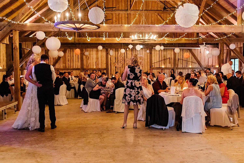 Hochzeitsfotografie Miesbach Wallenburg Eventscheune
