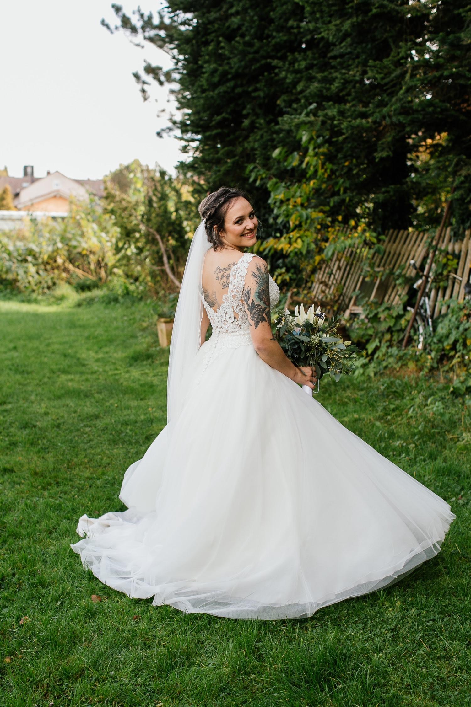 Portrait der Braut Hochzeit Lenderstuben Balzhausen