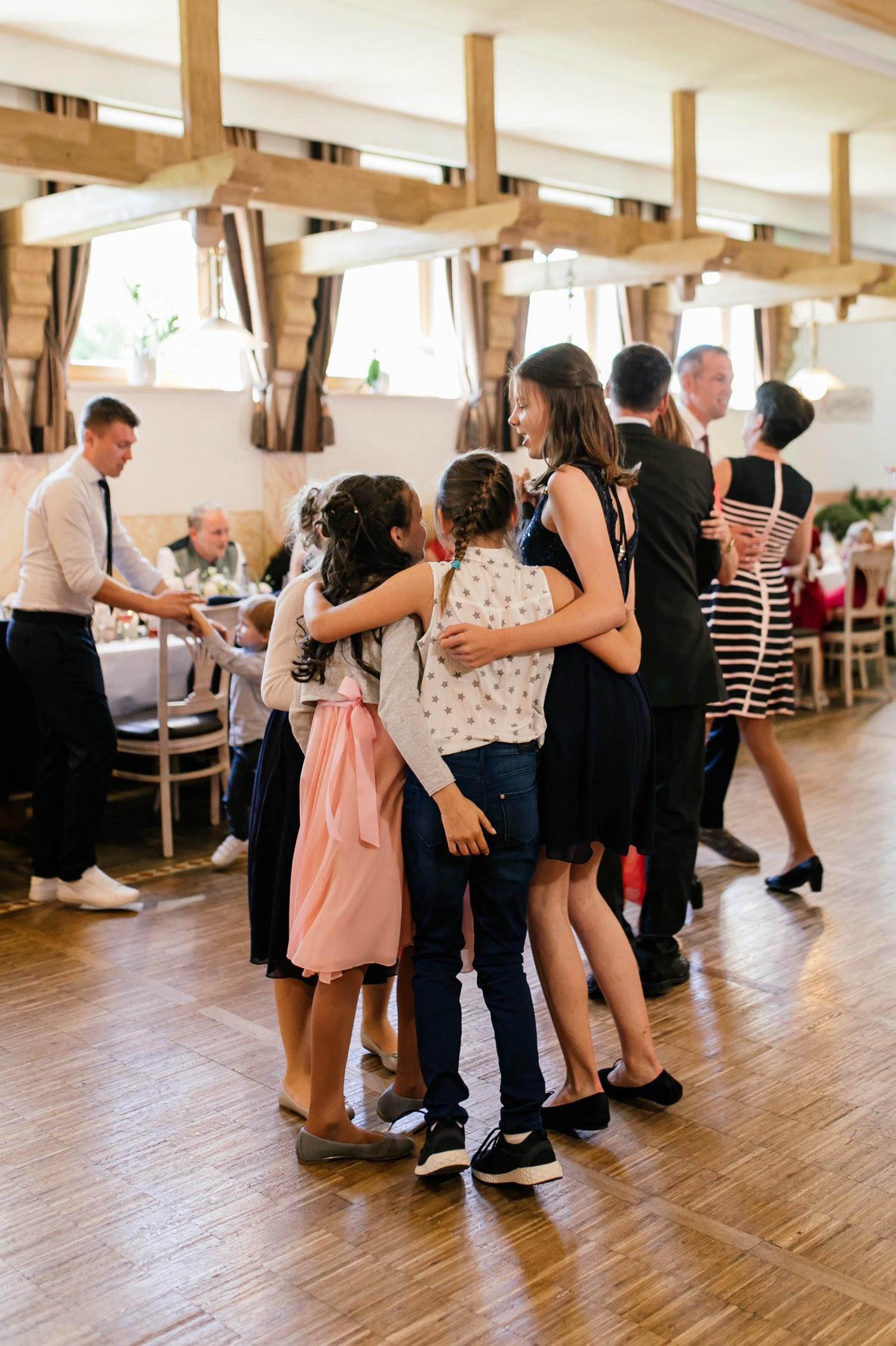 Lebendige Hochzeitsfotografie für Dillingen