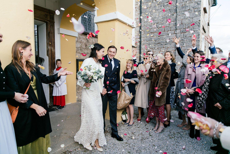 Hochzeitsfotograf München - Auszug aus der Kirche